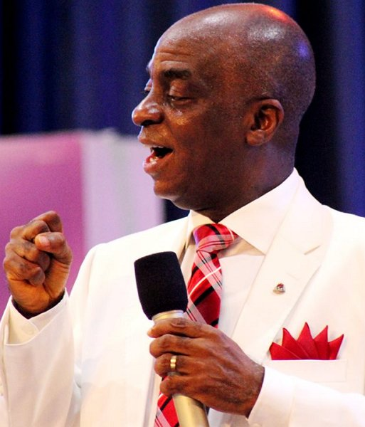 Photo of I Cart My Tithe In Trailer Loads To God – Bishop Oyedepo