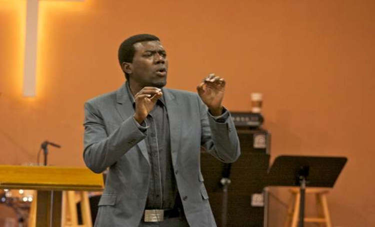 Photo of Reno Omokri Mocks Buhari For Including Dead Man's Name In His Ban List