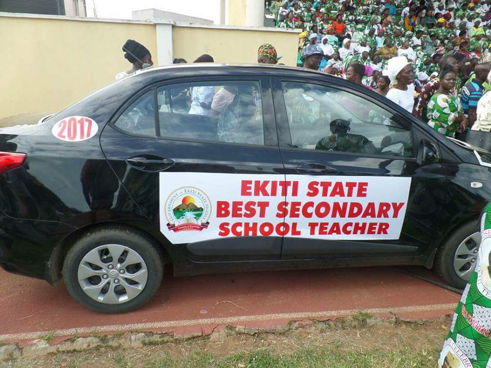 Photo of Ekiti Teachers condemn Fayemi's disparaging comment on Fayose's car gifts, UK trip for teachers