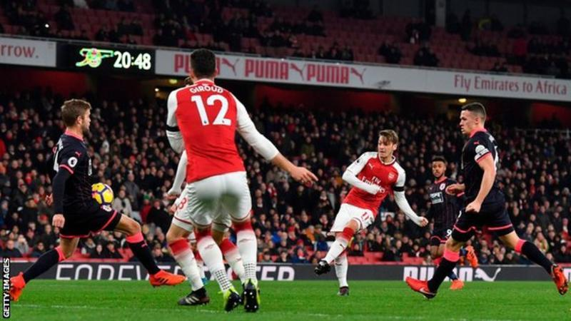 Photo of Arsenal, Everton rain goals in Premier League