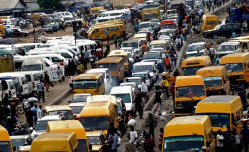 Photo of Police create gridlock to catch kidnappers, rescue victim in Lagos
