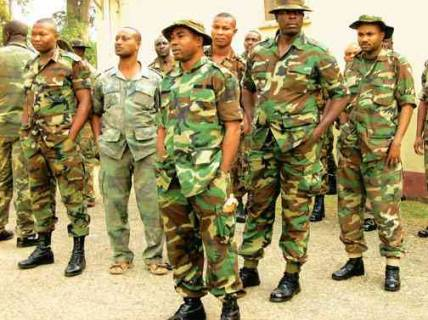 Photo of INEC Ban soldiers for supplementary elections