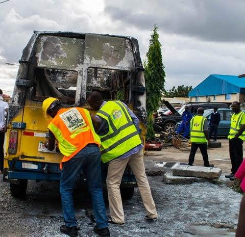 Photo of 3 passengers burnt to death in Delta