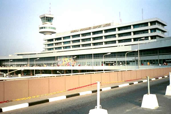 Photo of Security: FG deploys AIG to Lagos airport