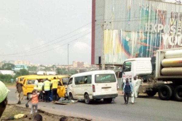 Photo of Another accident occurs on Otedola bridge in Lagos