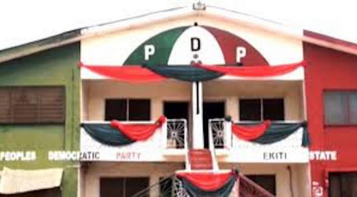 Photo of Ekiti PDP resolves leadership tussle, accepts Fayose as party leader