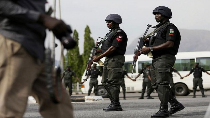 Photo of Despite Court Order, Soldiers, DSS Surround AIT Premises