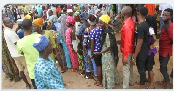 Photo of Osun Rerun Updates: Drama At Polling Units As Voters Refused To Quit Heavy Rainfall