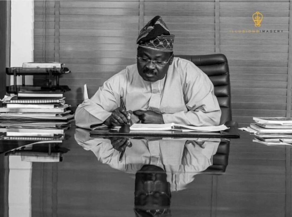 Photo of 2019 Elections: Ajimobi approves payment of all outstanding salaries