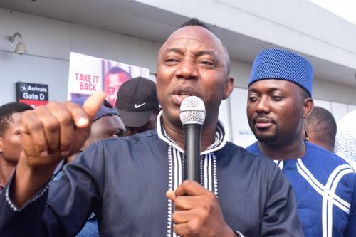 Photo of 2019: Buhari Is A Useless Man, Likewise Obasanjo Is Dishonest, Unpatriotic – Sowore