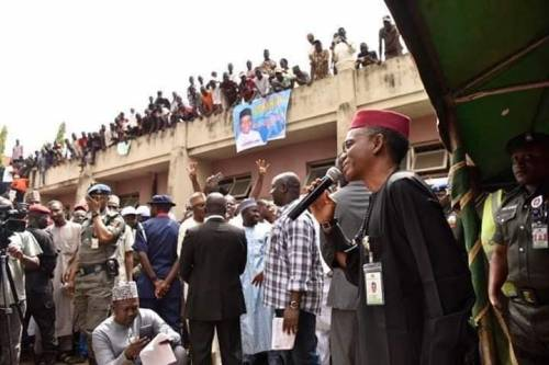 Photo of Drama At Kaduna As Traders Reject El-Rufai's Offer To Rebuild Their Dilapidated Shops