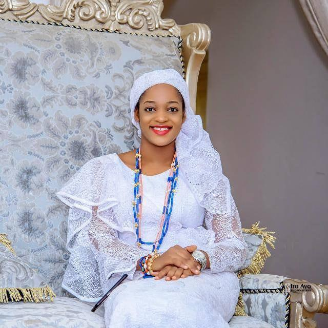 Photo of Ooni's New Wife, Naomi Stuns In New Photos