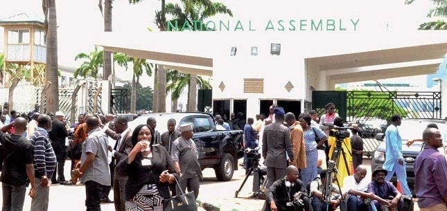 Photo of Protesting National Assembly Workers Disappear As Buhari Presents 2019 Budget