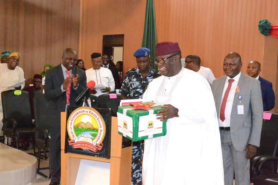 Photo of 2019 Budget: Fayemi Presents N129.9bn Budget To Ekiti Assembly