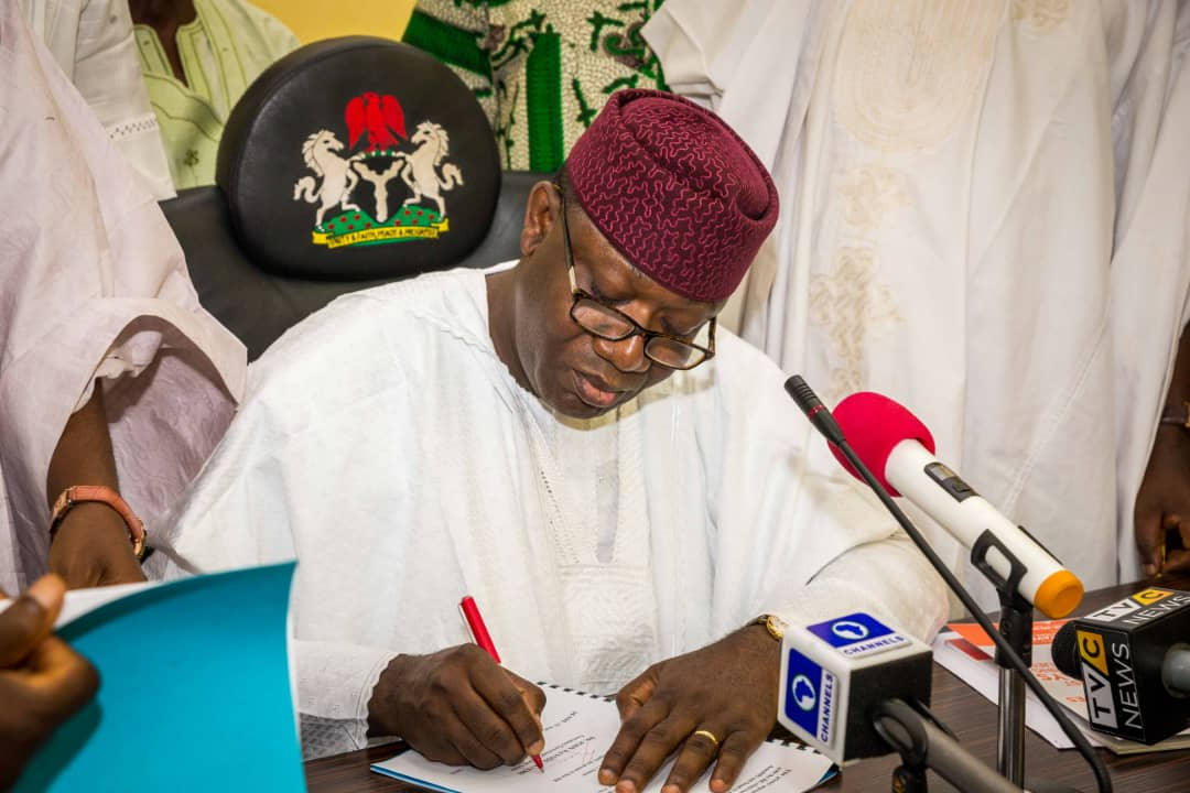 Photo of Fayemi Upgrades Ekiti Obas, Grants Autonomous Status To Five Communities