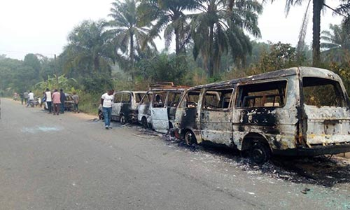 Photo of 2 killed as political thugs burn buses conveying electoral materials in Akwa Ibom
