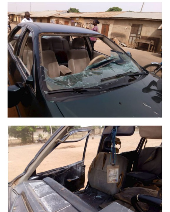 Photo of Many Injured, Cars Destroyed As APC, PDP Clash In Kaduna