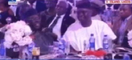 Photo of Video: Fayose, Fayemi Embrace After Years Of Disagreements