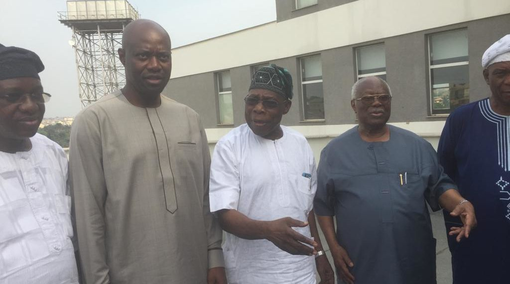 Photo of Don't Pocket Oyo State Govt Like APC Did- Obasanjo Tells Makinde