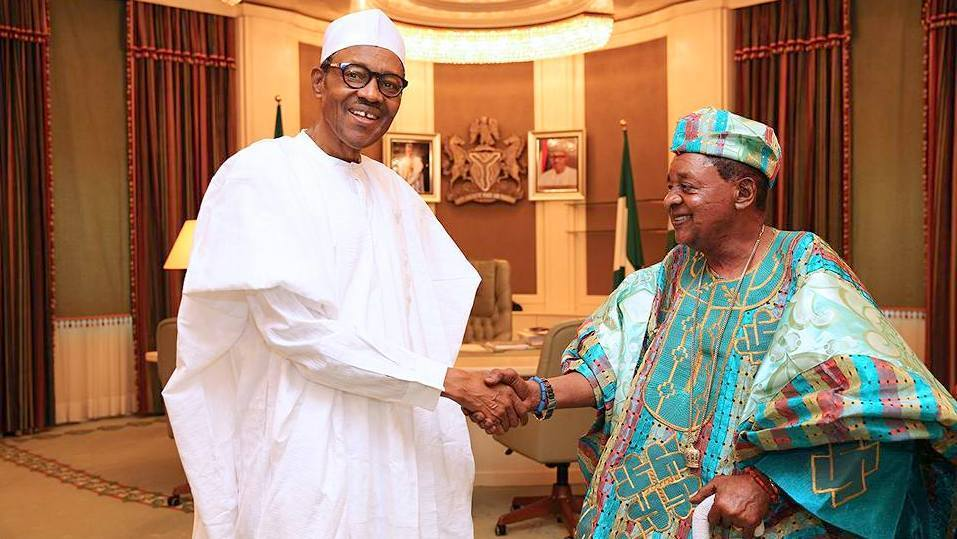 Photo of Alaafin Support Buhari, Slams Obasanjo 'who Never Did All They Wanted'