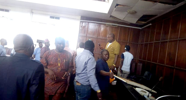 Photo of Lawmakers Flee As Snake Take Over Ondo Assembly During Plenary