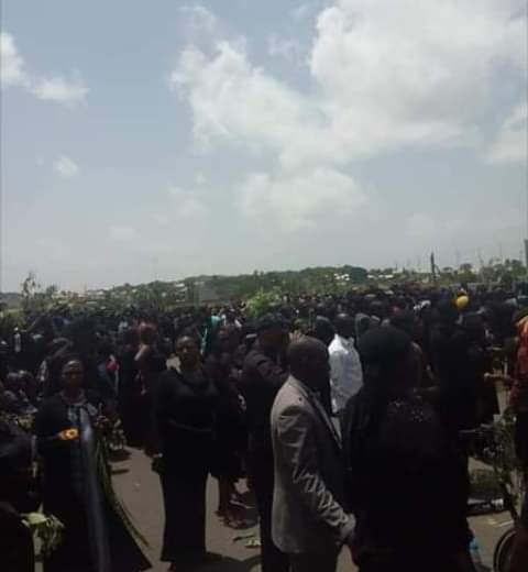 Photo of Protesters Storm Plateau Govt House Over Lalong Accept RUGA Settlement