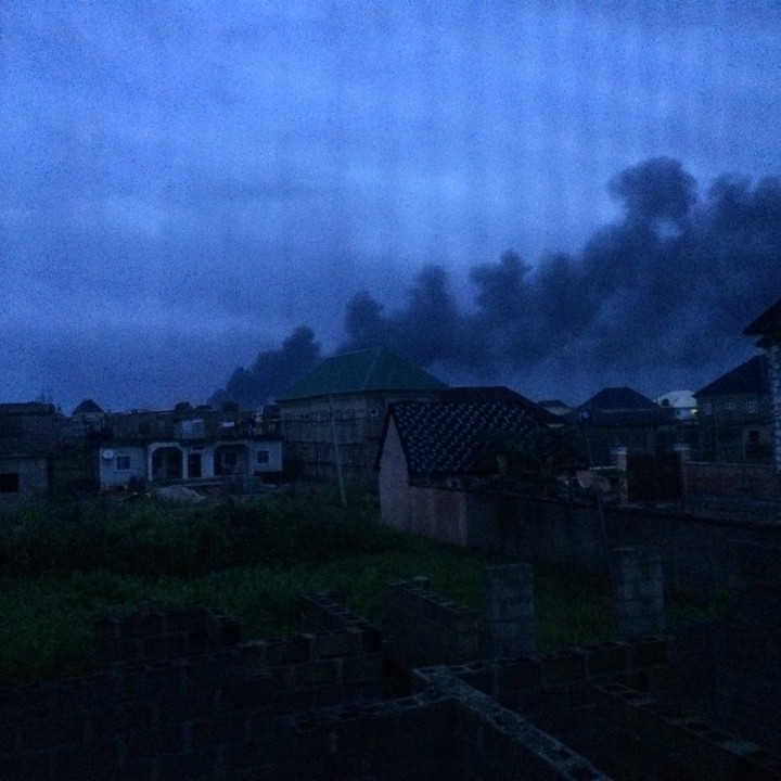 Photo of Pandemonium As Oil Pipeline Explodes In Lagos