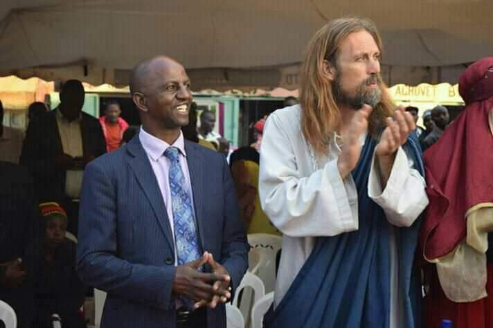 Photo of Pastor Invites 'Jesus' To Preach In Their Church