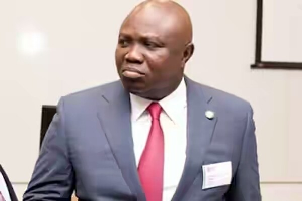 Photo of Lagos Assembly begins probe of Ambode over N45 billion contract