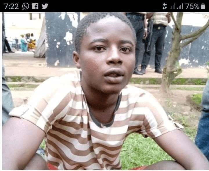 Photo of 'Yahoo Boy' Kills Mum, Slept With The Corps For Days