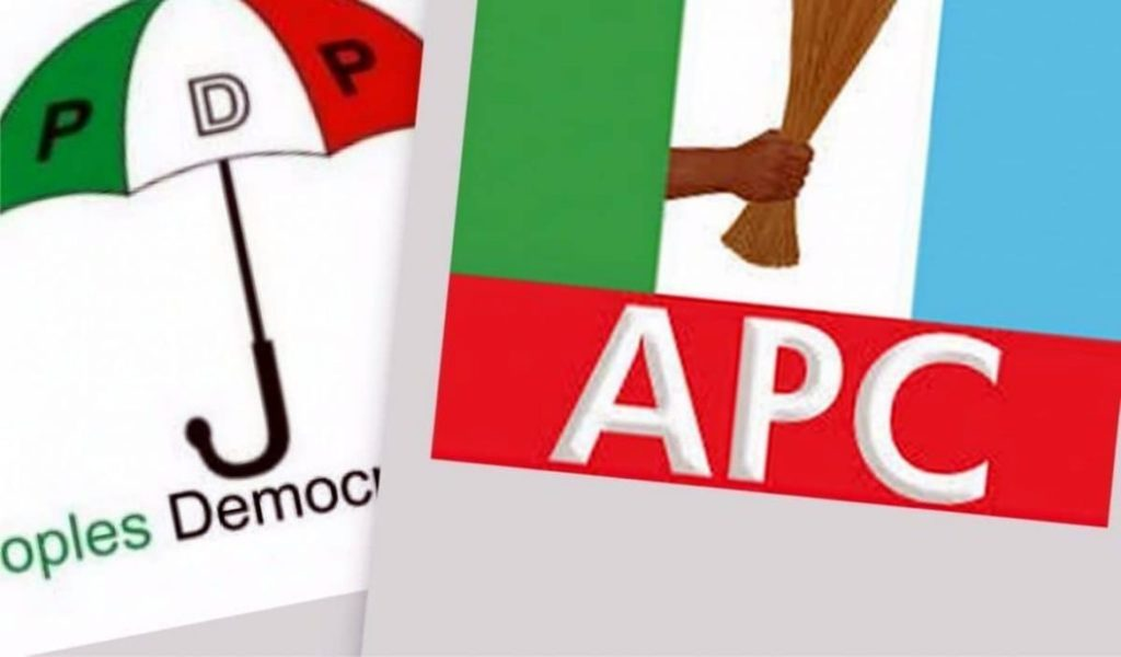 Photo of Ekiti: Seven Serving LG Chairmen, 42 Councillors Dump PDP For APC