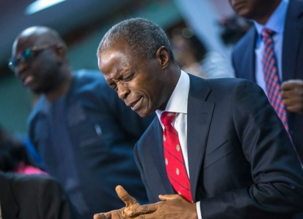 Photo of Osinbajo's Aide Blows Hot, Proofs That VP Led Prayer Session For Buhari Death