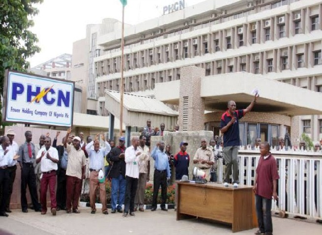 Photo of Nigerians To Experience Total Blackout As Electricity Workers Begin A Nationwide Strike