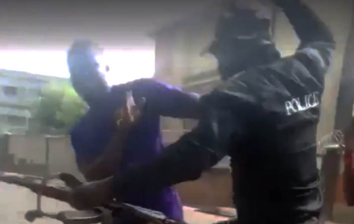 Photo of VIDEO: Three police officers arrested after beat up bus passenger, confiscating his iPhone