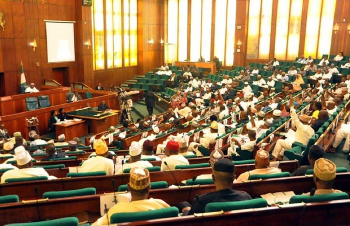 Photo of Nigerians react to a bill seeking immunity for lawmakers