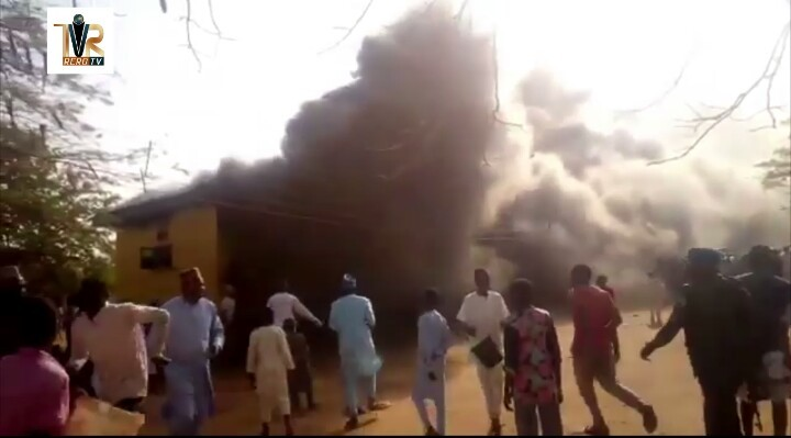 Photo of VIDEO: Deputy Governor Fetch water to fight fire in school