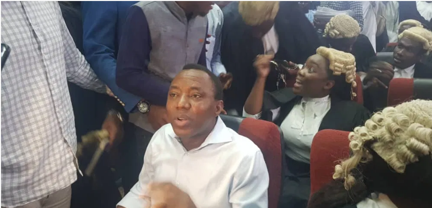 Photo of BREAKING: FG re-arraigns Sowore, Bakare