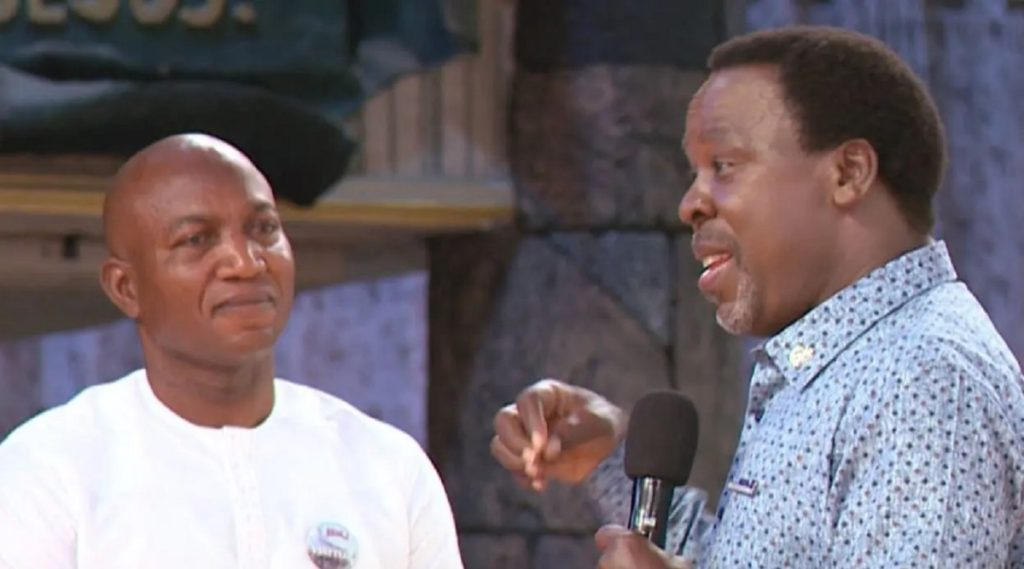 Photo of VIDEO: TB Joshua giving David Lyon false hope