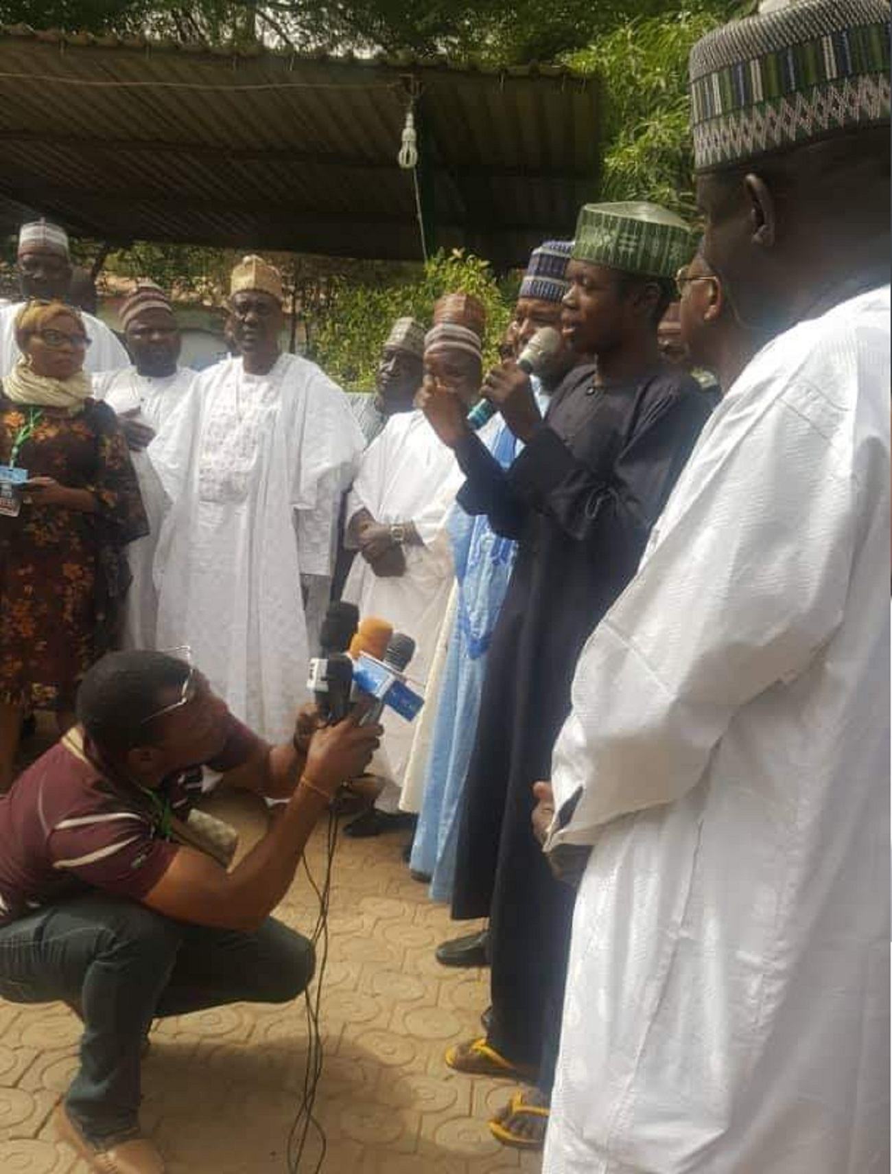 Photo of Man Attack Buhari In Kebbi Video Addresses Press Conference