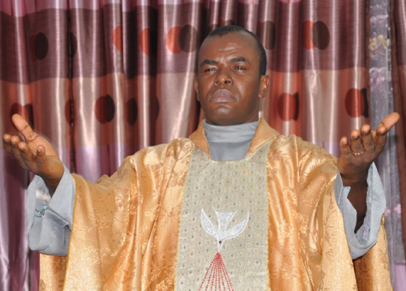 Photo of I spend N728m monthly on charity – Father Mbaka