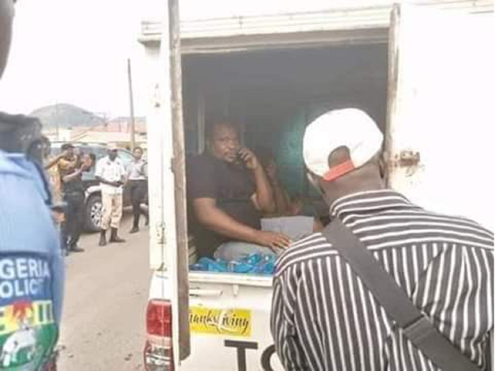 Photo of Lockdown: Police arrest Punch Newspaper Driver in Ekiti for smuggling passengers in from Ogun