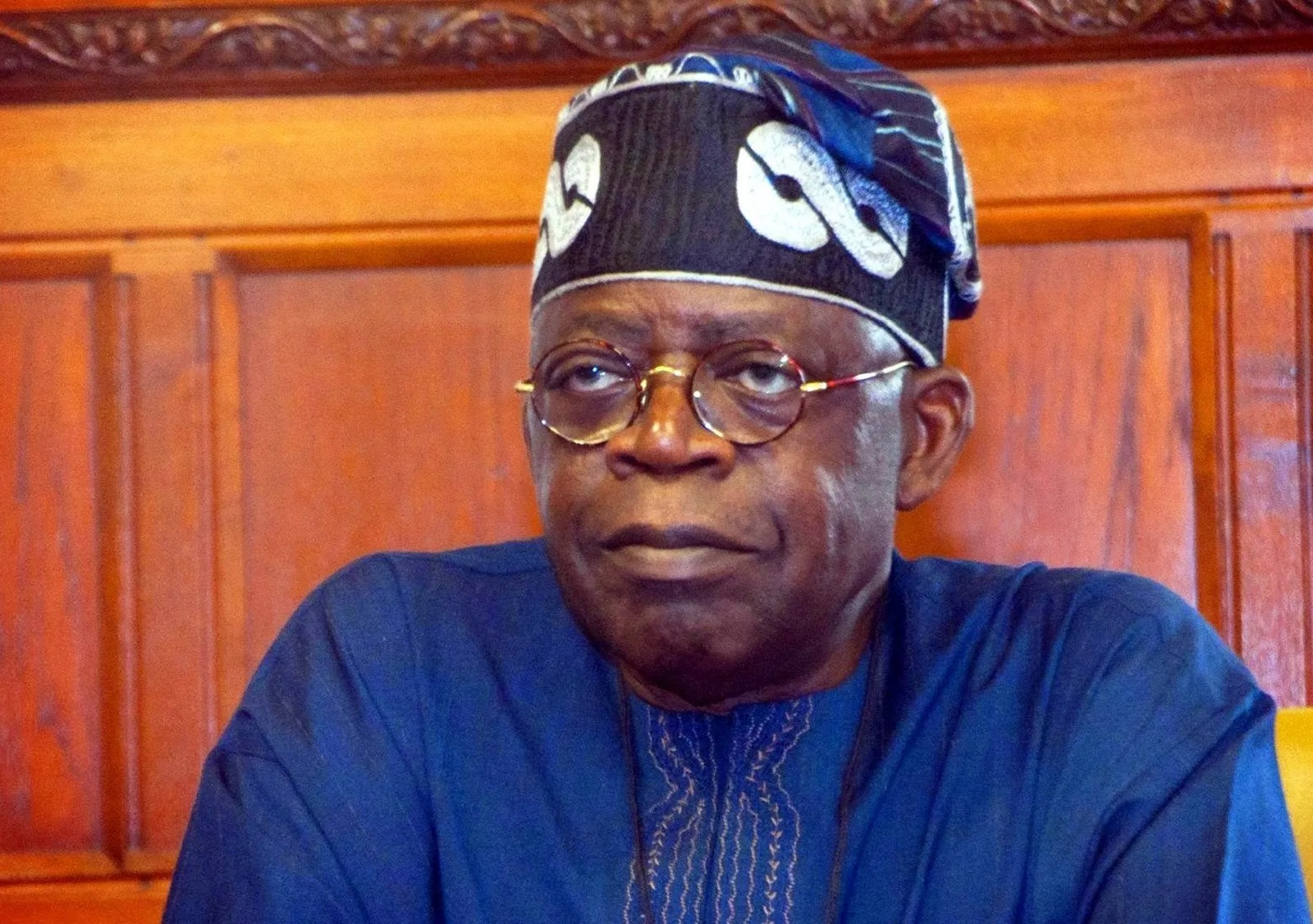 Photo of Tinubu, aides run tests for COVID-19 after CSO's death