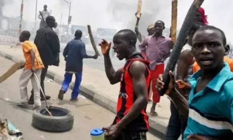 Two cult clash in Lagos