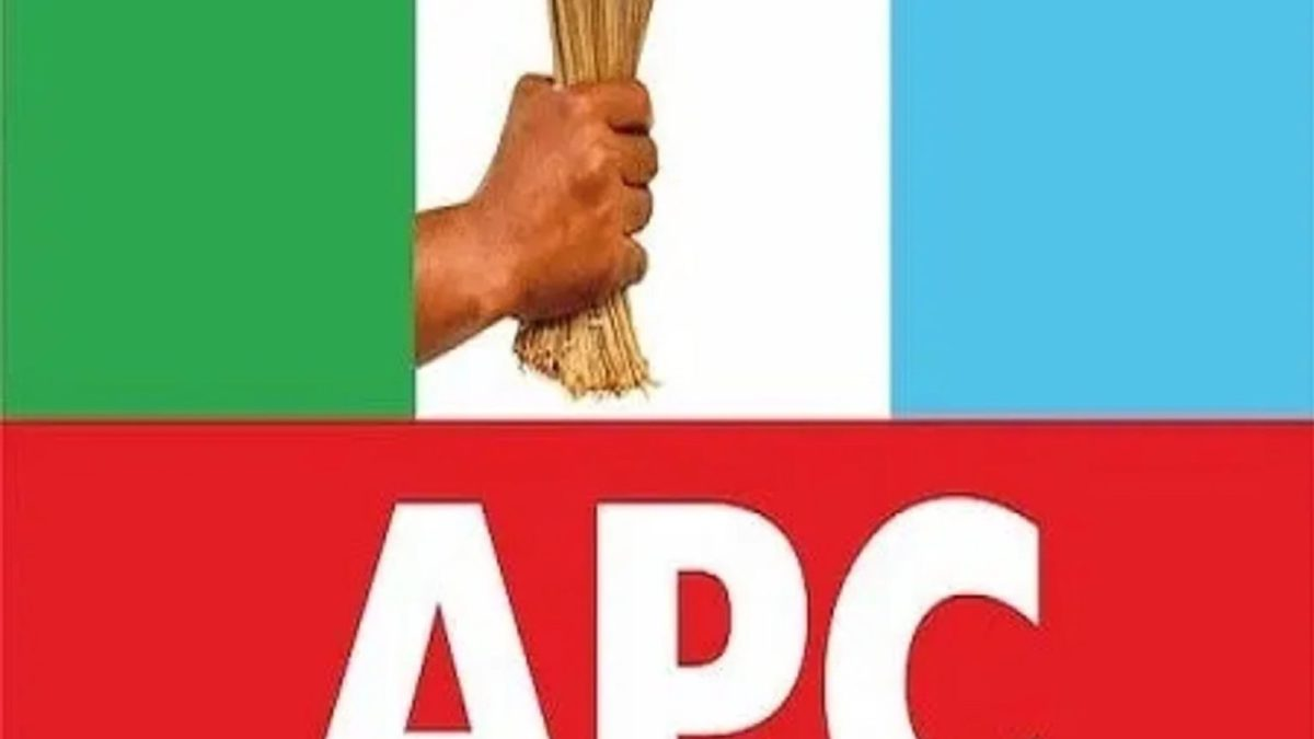 Photo of BREAKING: Ondo APC Chairman resigns, joins PDP