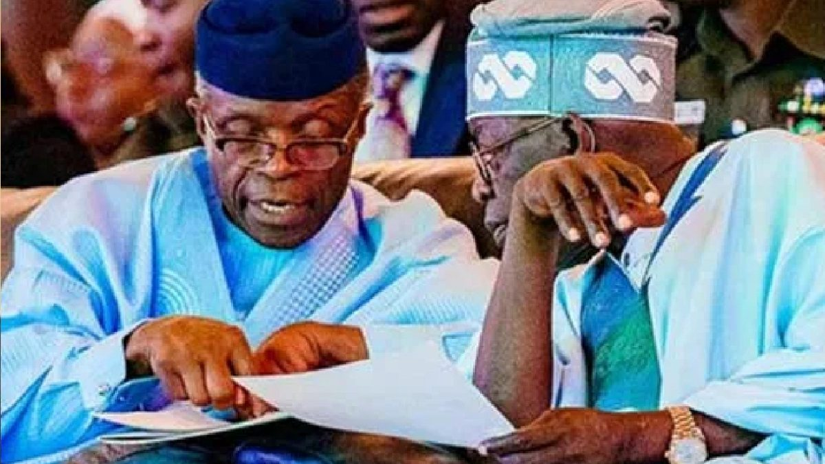 Photo of Tinubu, Osinbajo Will Be Crushed After Magu – Fani- Kayode Reveals
